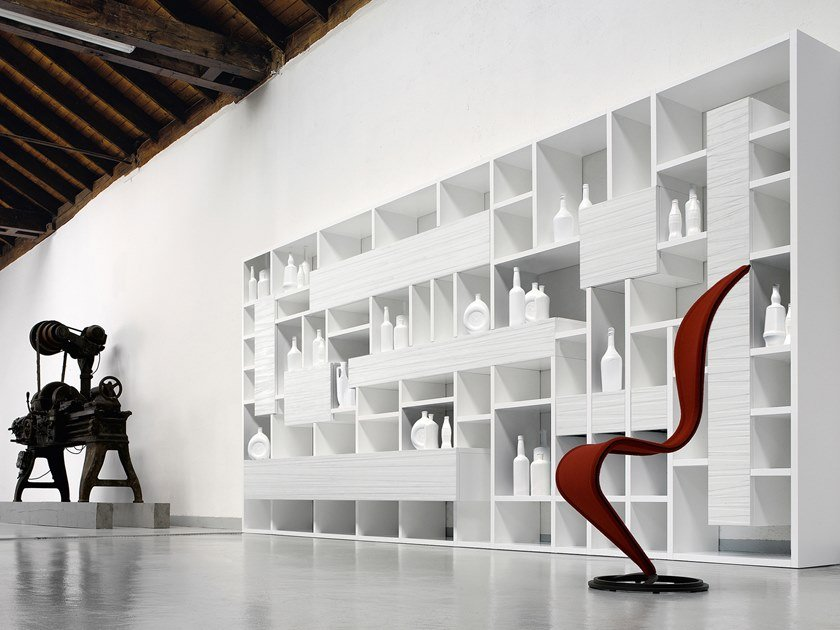 Wall-mounted lacquered wooden shelving unit THE ONLY ONE by Capo d'Opera