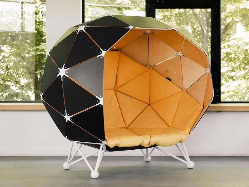 Acoustic office booth THE PLANET FOR TWO by MZPA