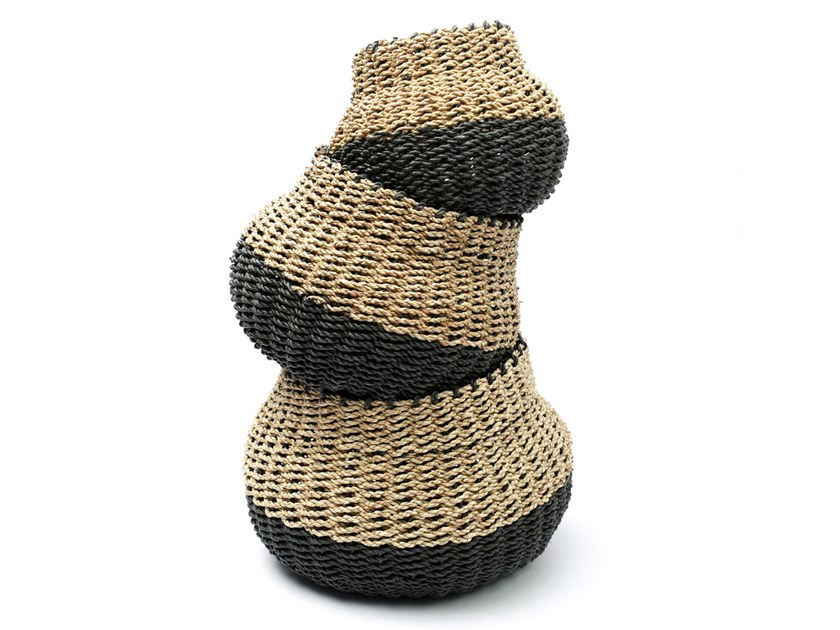 Natural fibre basket POD by Bazar Bizar
