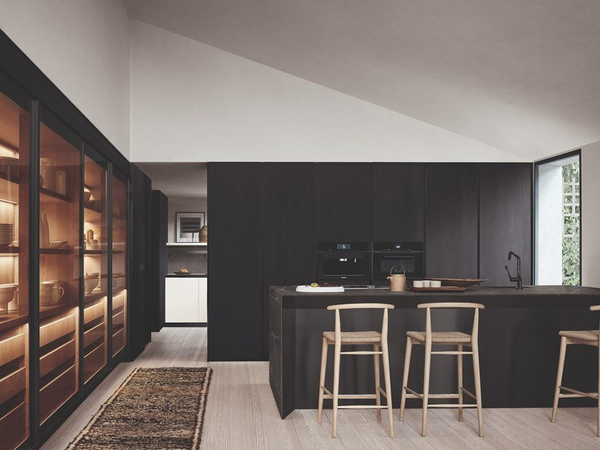 Cucina con penisola THEA - FRAME DOORS SYSTEM by Arclinea