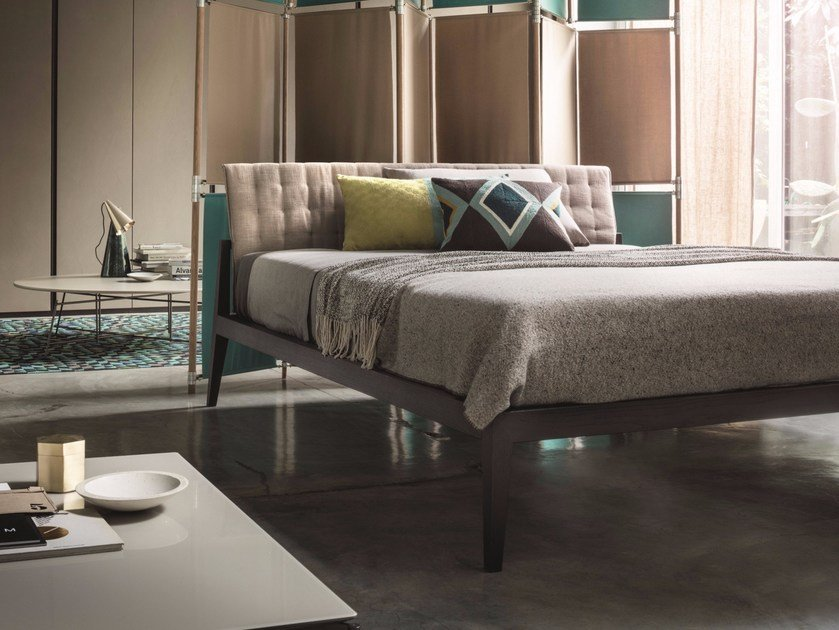 Wooden double bed THEO by Lema