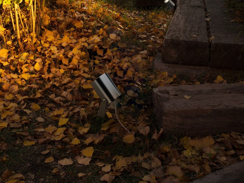 Proiettore per esterno a LED in acciaio inox THOR by LEDS C4