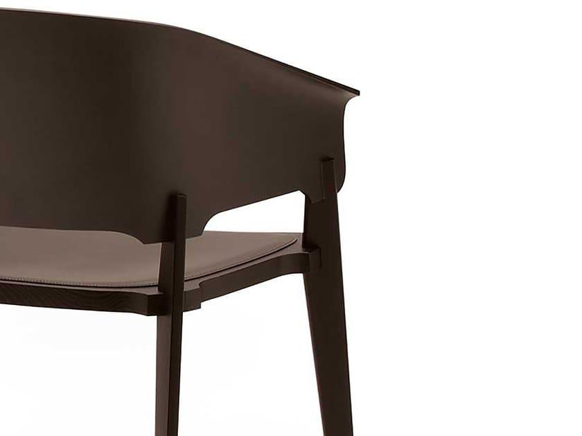 Sedie In Legno Con Braccioli : Sedia in legno con braccioli threepiece busnelli