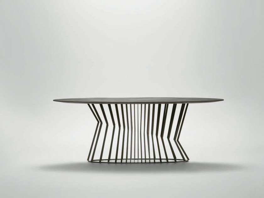 Oval metal dining table TIE | Oval table by da a