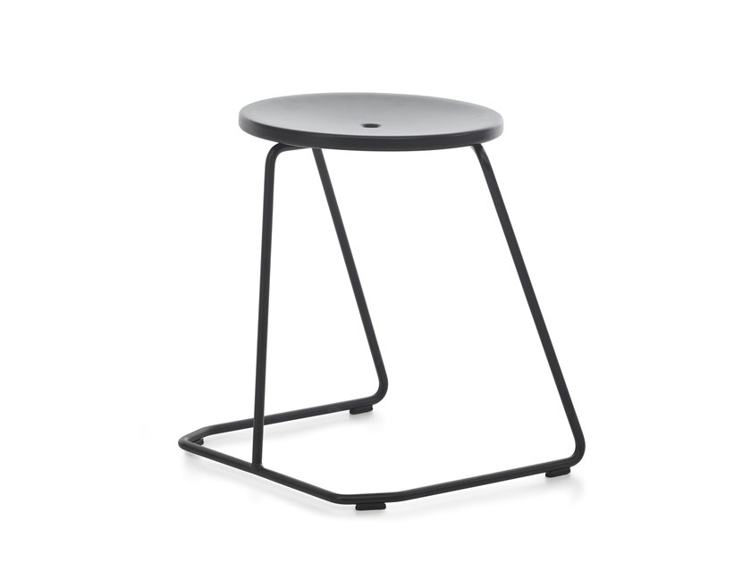 Stackable sled base steel garden stool TIKI | Stool by Extremis