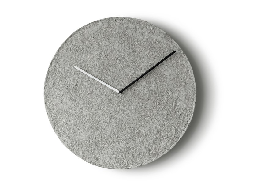 Wall-mounted Recycled paper clock TIKSI by INDI
