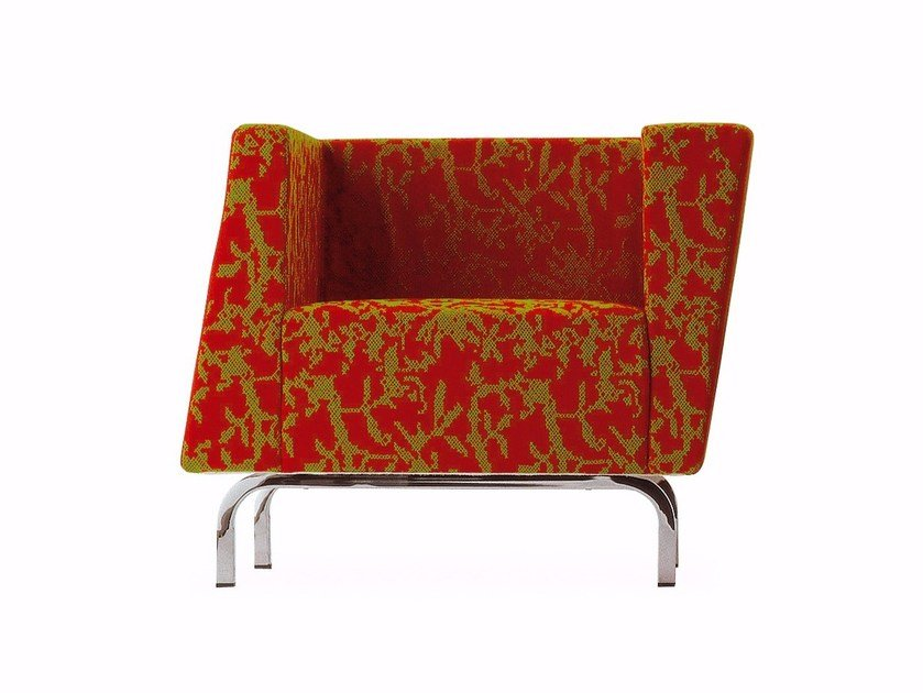 Fabric armchair with armrests TILT | Armchair by Cizeta L'Abbate