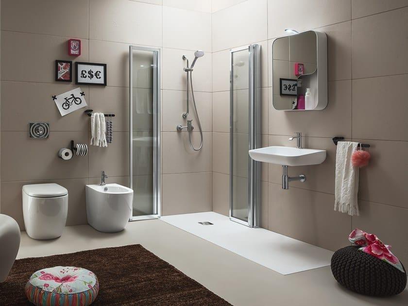 Cabina de ducha de esquina con puertas plegables TIME   Cabina de ducha con puertas plegables by ARBLU