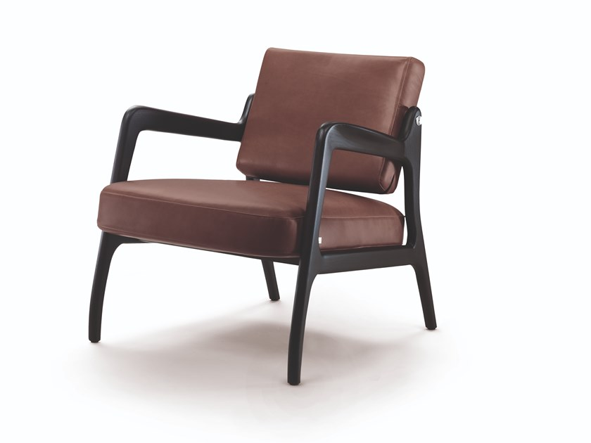 Easy chair with armrests TIMELESS by Busnelli