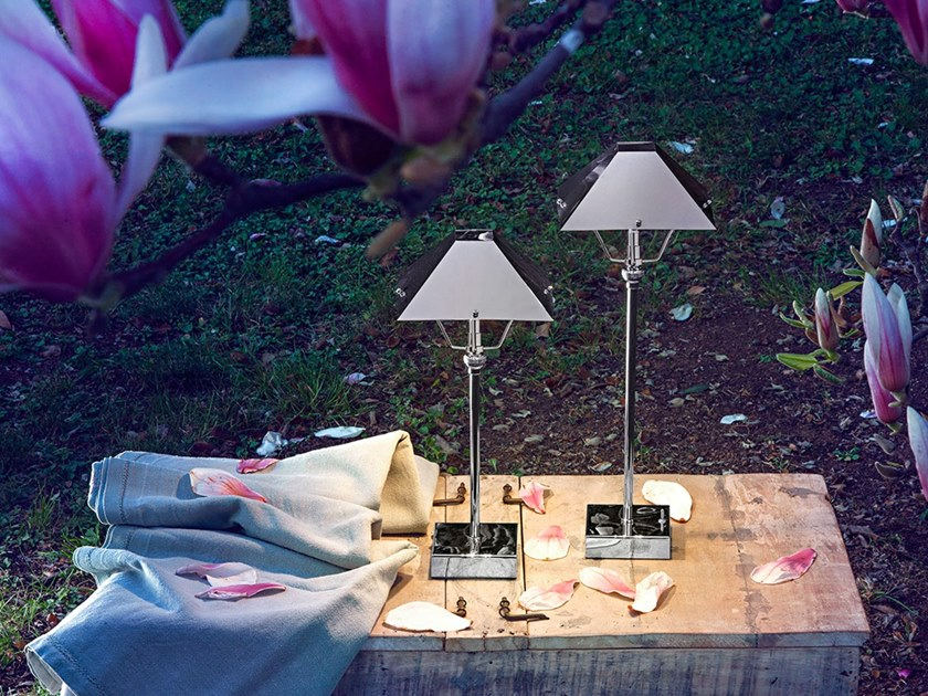 LED table lamp with rechargeable battery TININ | Table lamp with rechargeable battery by ANNA LARI