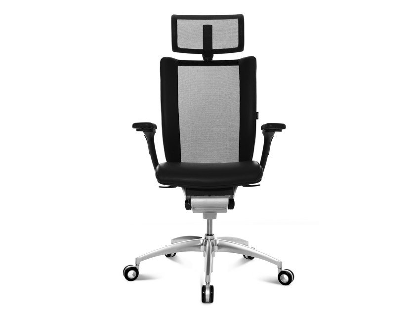 Swivel executive chair with 5-spoke base TITAN LIMITED | Executive chair by WAGNER