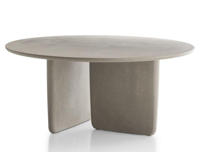 Tavoli Da Giardino In Cemento.Tobi Ishi Outdoor Tavolo Rotondo By B B Italia Outdoor Design