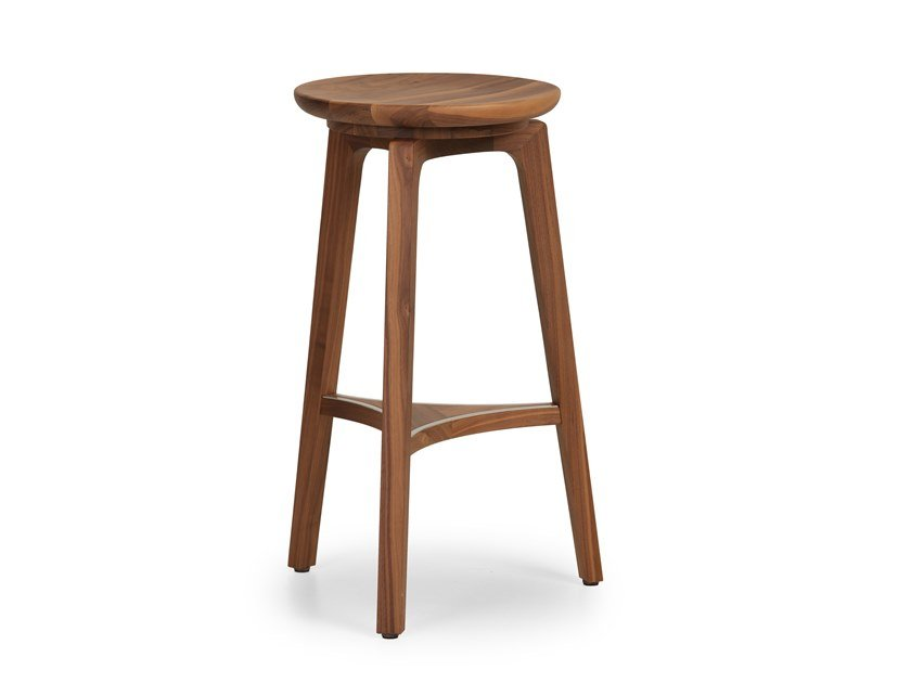 High solid wood stool TOD | High stool by True Design