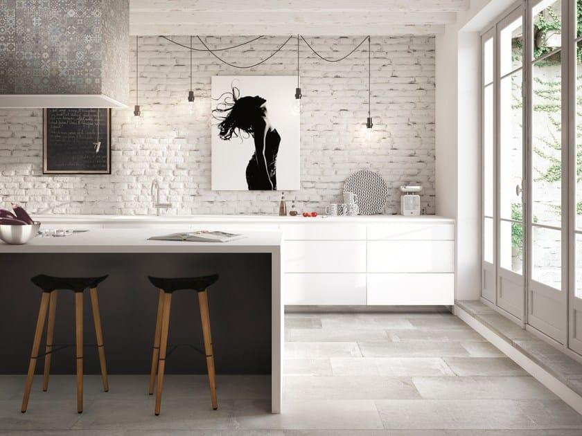 Pavimento/rivestimento in gres porcellanato effetto cemento TOKA CLIFF by CERAMICA FONDOVALLE