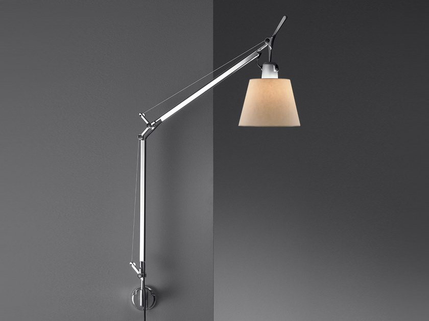Wall lamp with swing arm TOLOMEO BASCULANTE WALL | Parchment paper wall lamp by Artemide