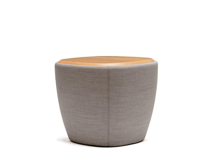 Runder Kaffeetisch aus Holz TONICA | Couchtisch by Casala