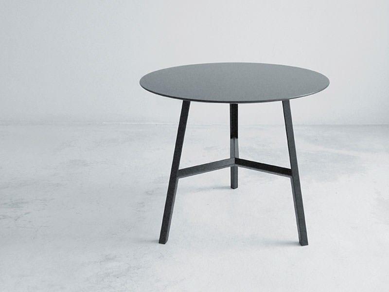 Tavolino basso da caffè TOOL 45 by arrmet