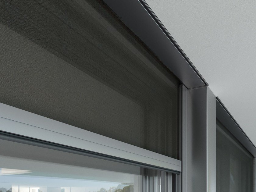 Electric roller blind TOPBOX 4100 by Mottura