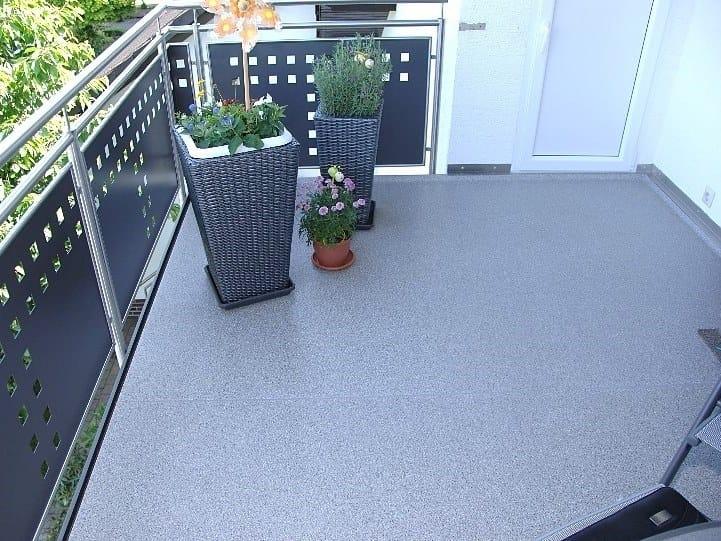 Outdoor floor tiles TOPERO® EXTRUDED SHEET MAXI by Topero Balkonboden