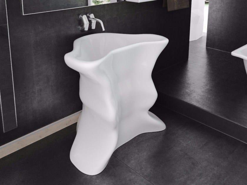 Lavabo freestanding singolo in Adamantx® TORERO by ZAD ITALY
