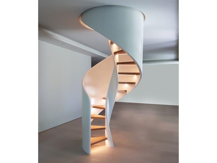 Scala a chiocciola elicoidale in legno massello con LED TORNADO SPIRAL LED by Siller Treppen