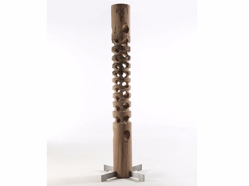 Briccola wood sculpture TOTEM by Riva 1920