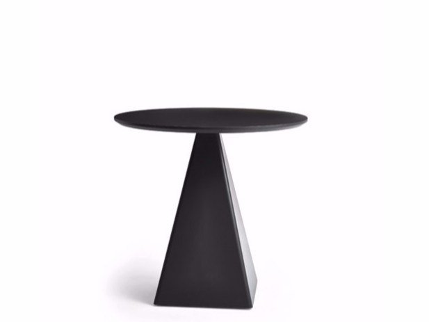 Round contract table TOWER | Round table by Varaschin