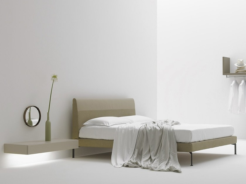 Upholstered double bed TRACE by Silenia