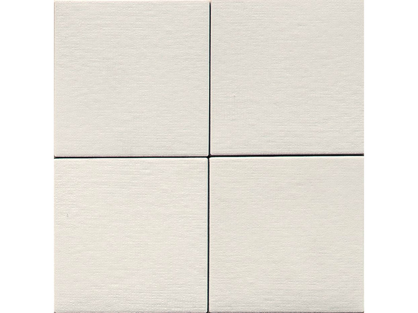 Porcelain stoneware wall/floor tiles TRATTI BIANCO by MUTINA