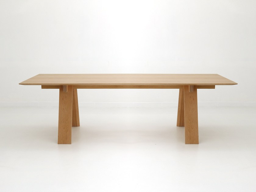 Rectangular oak table TRAVE by Branca Lisboa