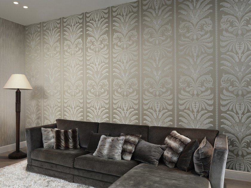 Fabric wallpaper TRIANON PALM by Omexco
