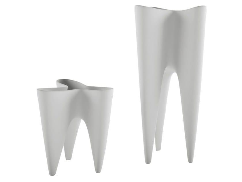 Ceramic vase TRICORNO by Adriani e Rossi edizioni
