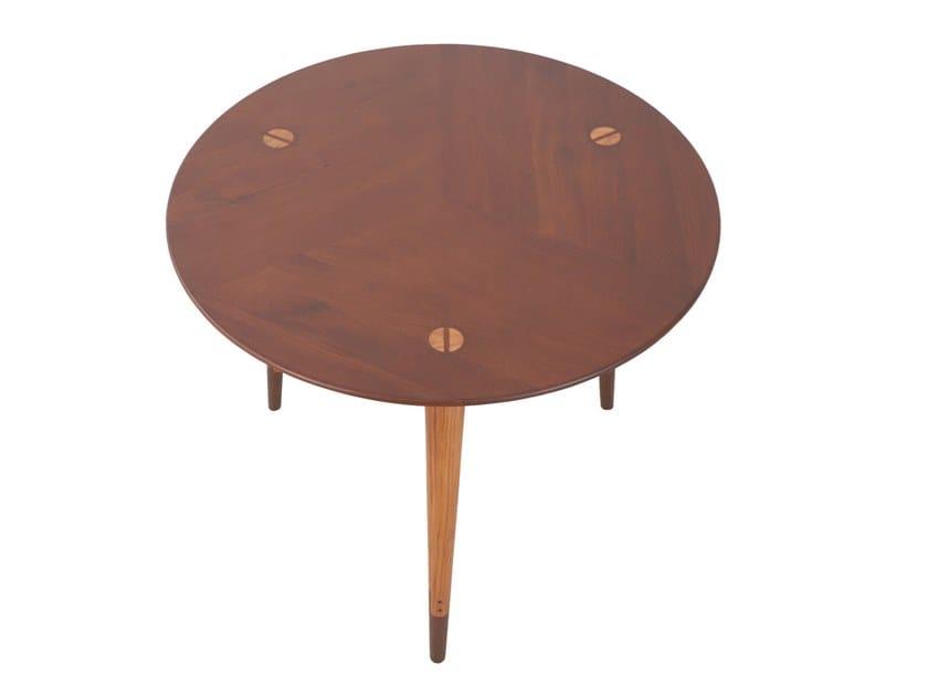 Round beech and teak table TRIPADI | Beech table by ALANKARAM