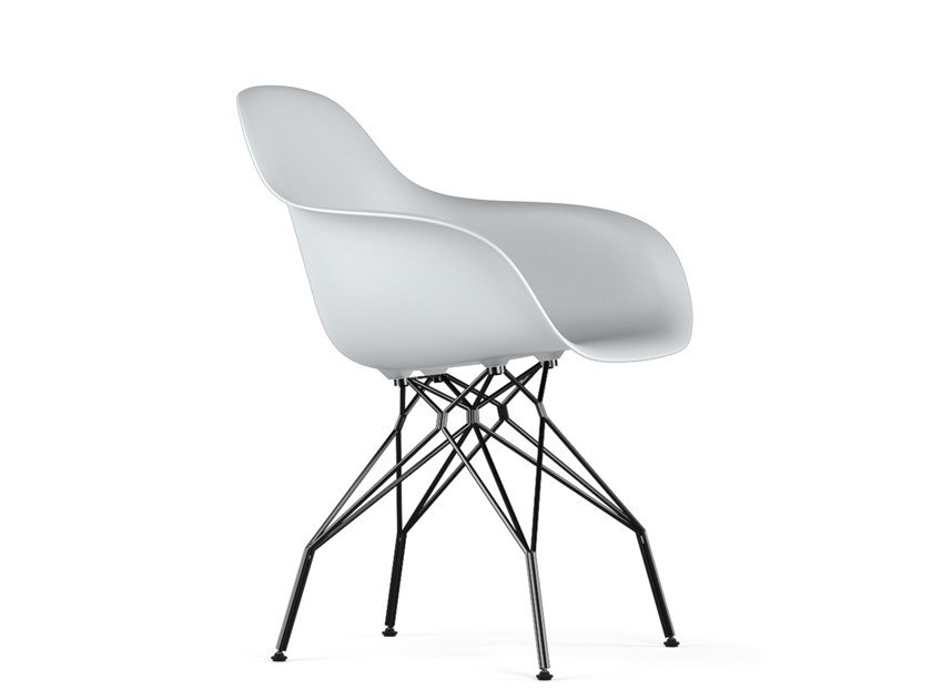 Polypropylene chair with armrests TRIPLE V9 | Chair with armrests by KUBIKOFF