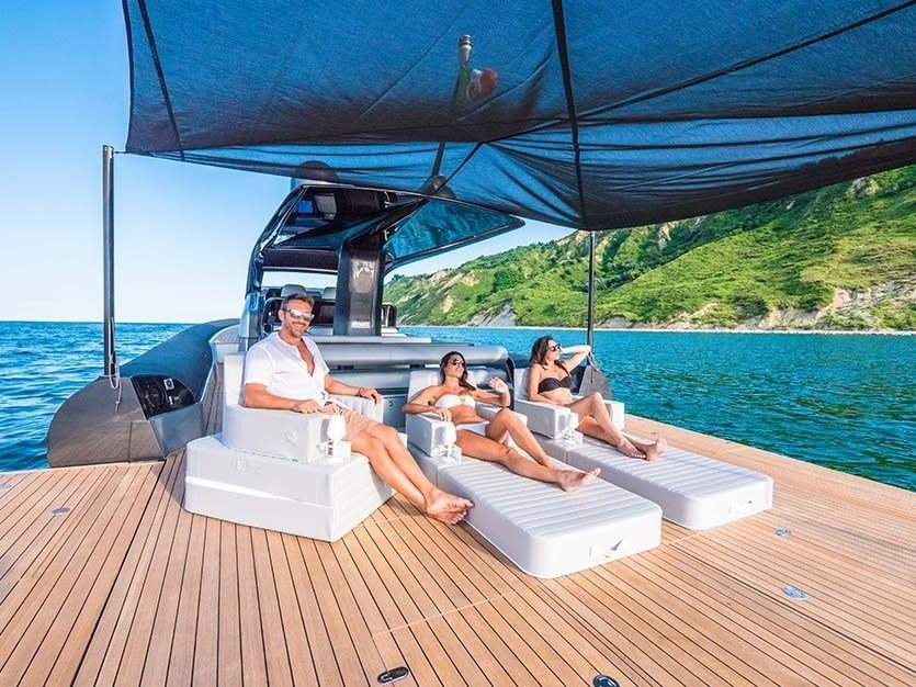 Imitation leather floating lounge TRONA FOR YACHT by Trona