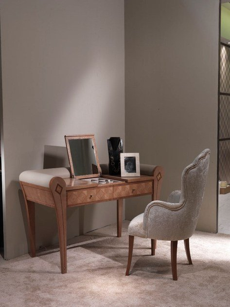 Classic style dressing table TS07 by Carpanelli Classic