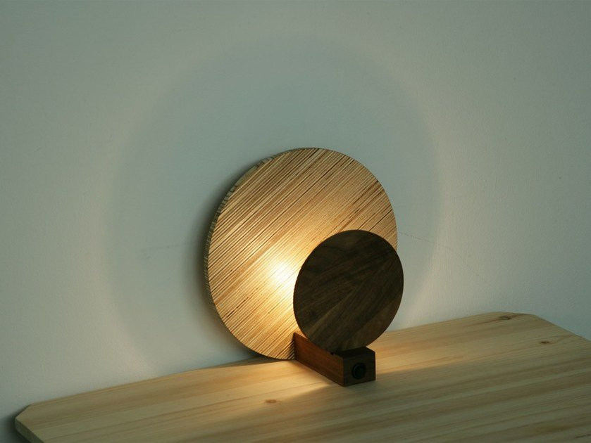 Indirect light table lamp TSUKI | Table lamp by Design Bros