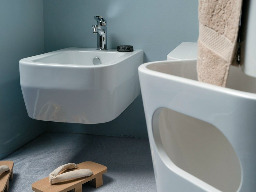 Wall-hung ceramic bidet TULIP ONE | Wall-hung bidet by AZZURRA sanitari