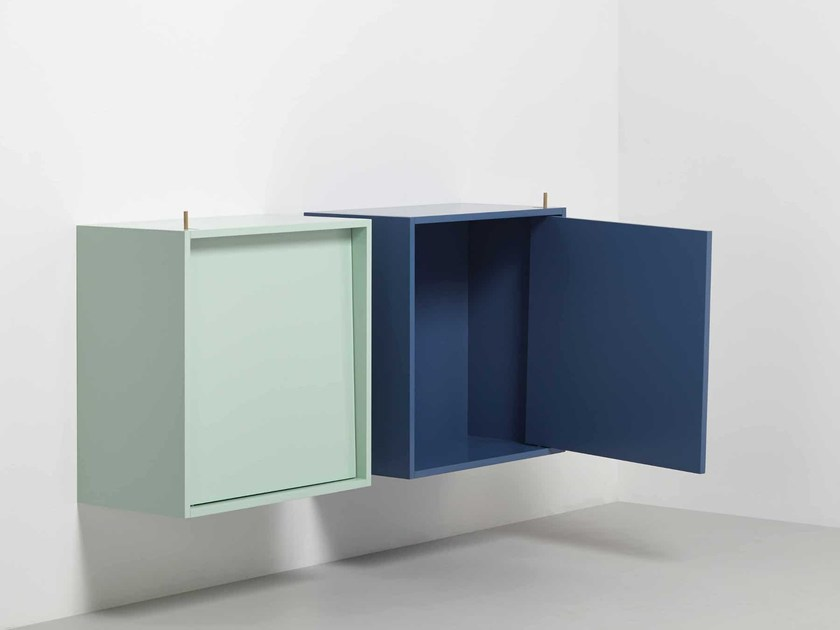 Lacquered MDF wall cabinet with door TUMBLE by Vij5