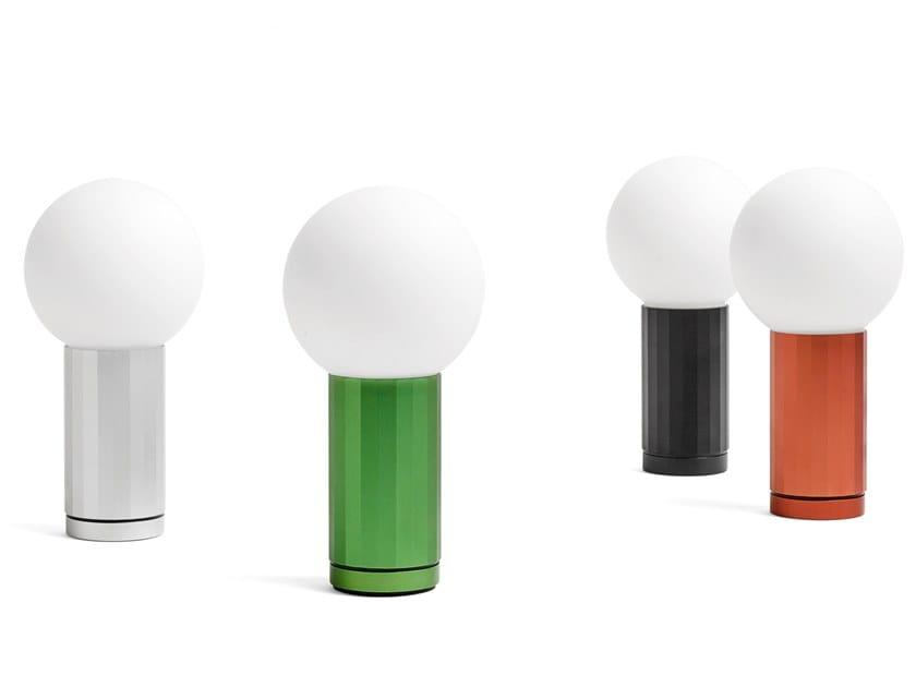 Lampada da tavolo a LED in alluminio e vetro TURN ON by Hay
