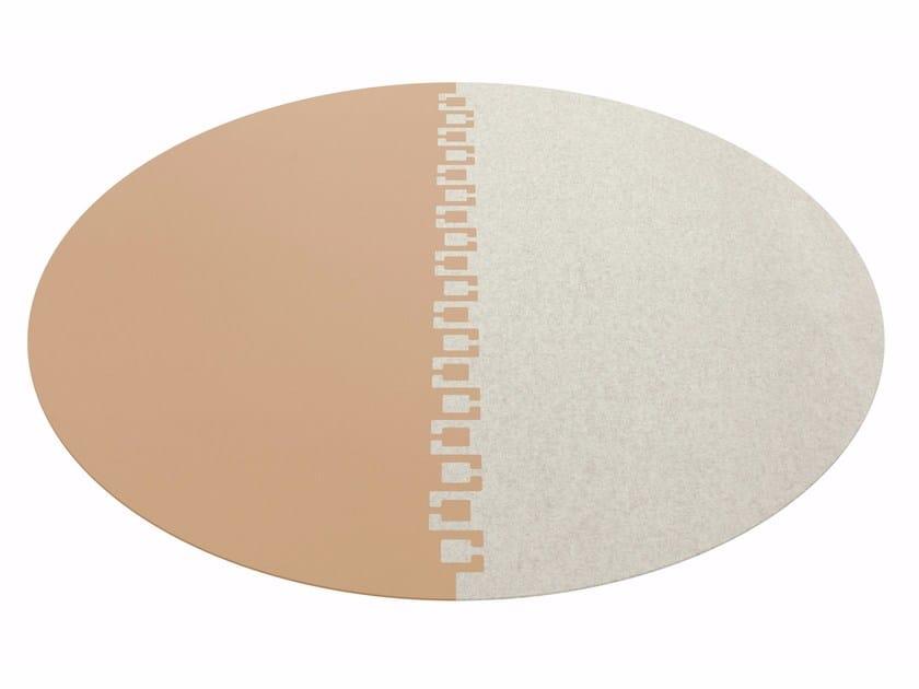 Round rug TWICE by HEY-SIGN