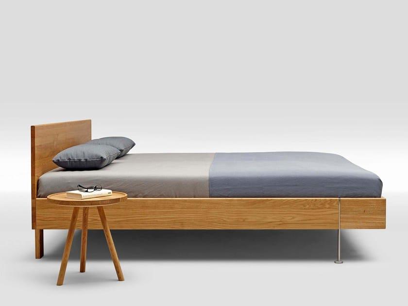 English oak double bed TWICE SOLID OAK TYPE 1 by Loof