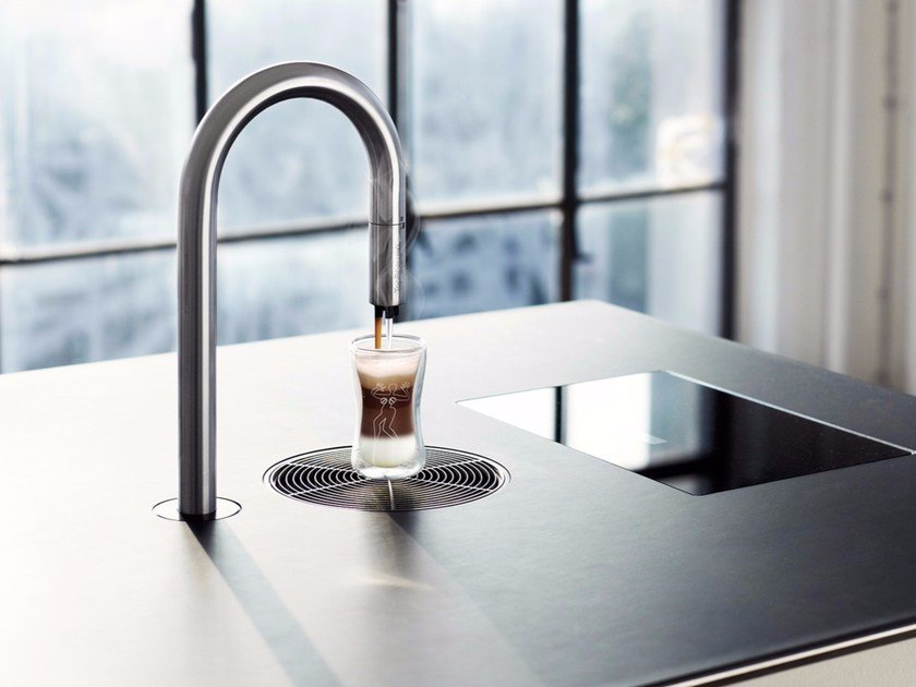 Macchina da caffè in acciaio inox con controllo da app TopBrewer by SCANOMAT