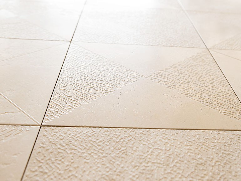 Trani stone wall/floor tiles TRIANGULAR SQUARE by Lithos Mosaico Italia