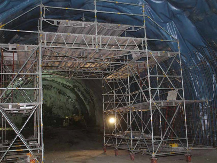 In situ concrete loadbearing masonry system Tunnel reinforcement and membrane gantry by Condor