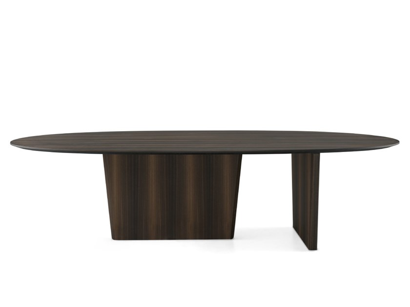 Oval wooden dining table UENO by PRADDY