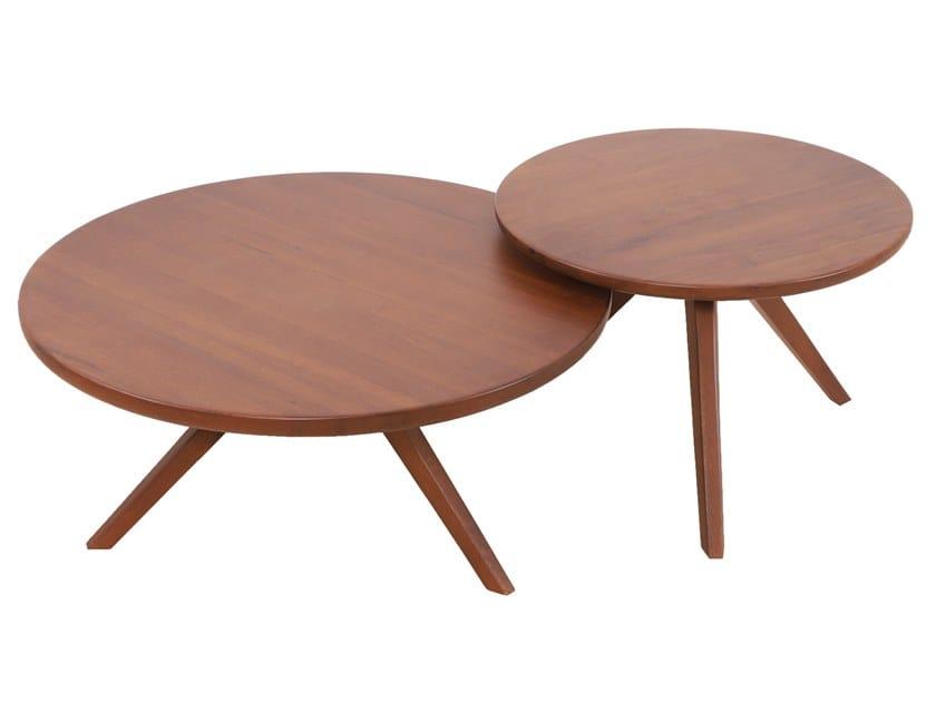 Set of round beech coffee tables UKU by ALANKARAM