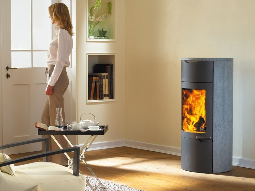 Wood-burning stove UNO XTRA by Austroflamm