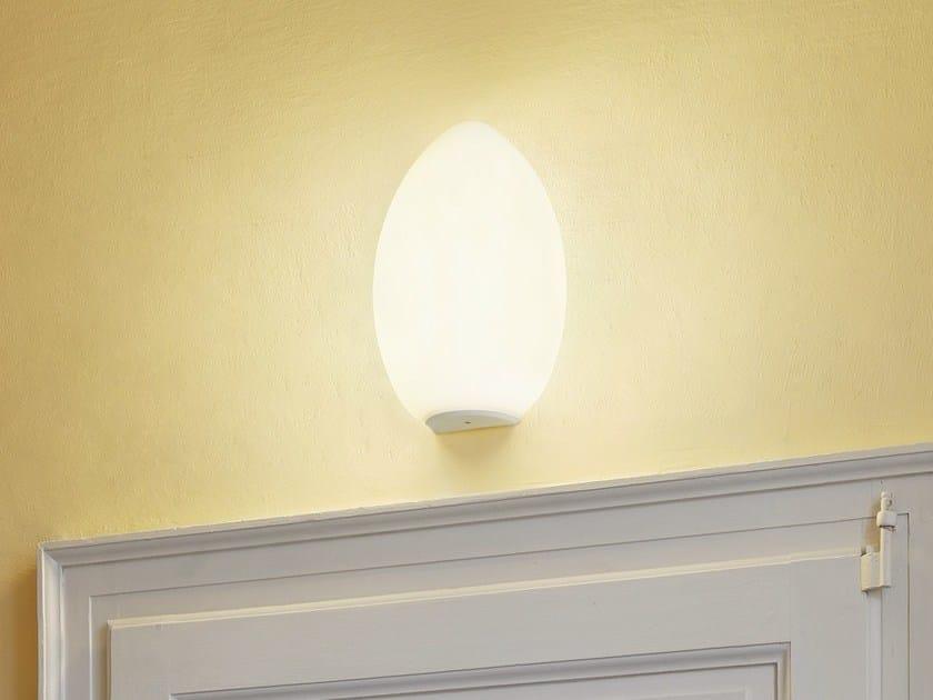 Applique in vetro soffiato UOVO | Applique - FontanaArte