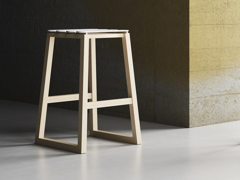 Sled base oak barstool with footrest UP by Imperial Line